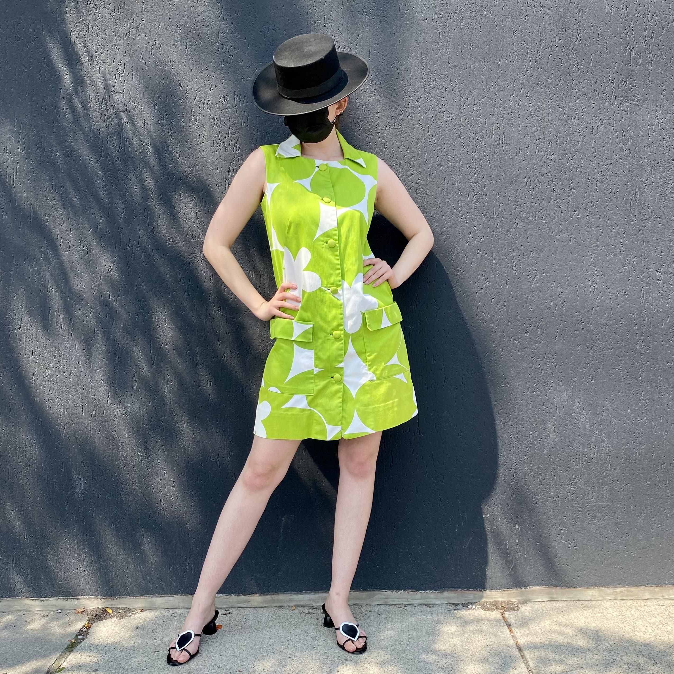 Mod Sleeveless Shift Dress